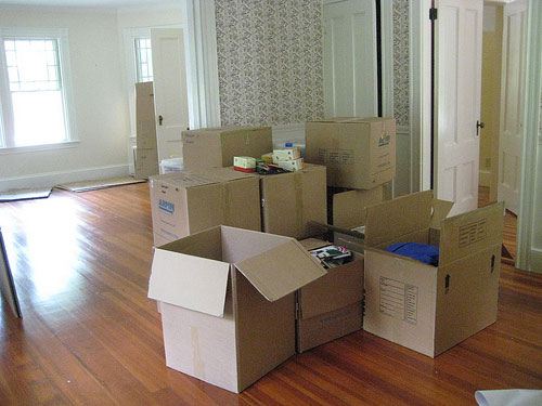 moving boxes to help sell your own home